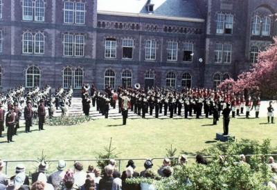 Optreden 11 mei 1964 voor 150 jaar Huzaren van Sytzama 2-1