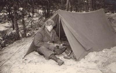 63 Opleiding Bivak in de bossen bij Maarn1963
