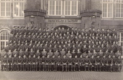 64 A-Esk Schoolregiment Indas na de opleiding 1964