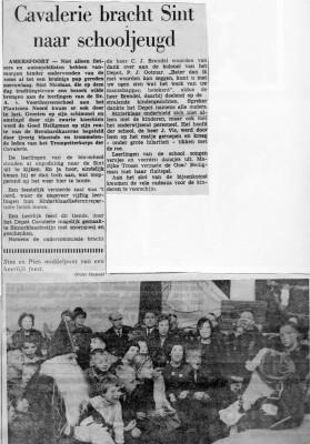 Wachtmeester 1Jan Idsinga als Sint Nicolaas dec 1964 03
