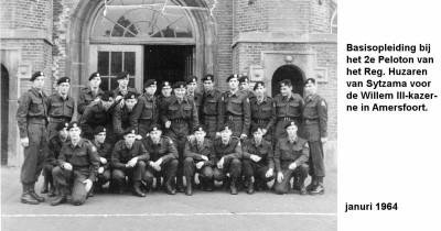 64-01-00 Basisopleiding bij 2e peloton R.H. van Sytzama Willem III-a