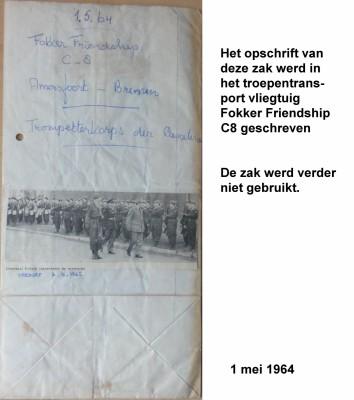 64-05-01 2b Opschrift werd in vliegtuig geschreven. De zak werd verder niet gebruikt-a
