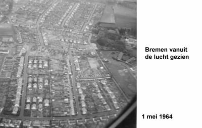 64-05-01 4  Bremen vanuit de lucht-a