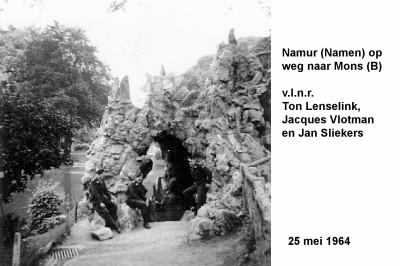 64-05-25 1 Namur op weg naar Mons (B)-a
