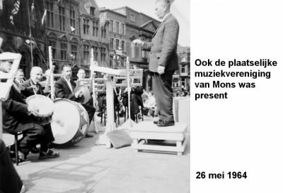 64-05-26 7 Ook de plaatselijke muziek van Mons was precent-a