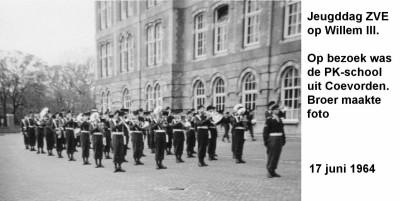 64-06-17 Jeugddag ZVE op Willem III (PK-Coevorden)-a
