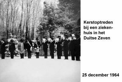 64-12-25 Kerst optreden bij een ziekenhuis in Zeven (D)-a