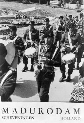 65-06-03 Opening van de George Madurokazerne in Madurodam 2
