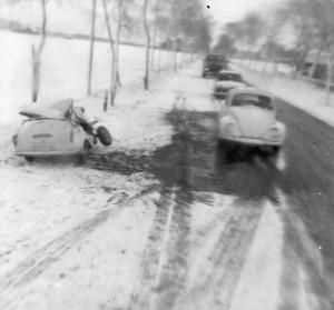 26 -12-1964Auto ongeluk bij terugkomst uit Seedorf