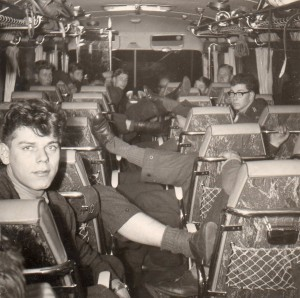 30-5-1964 Taptoe Coevorden in de Bus (1) 1