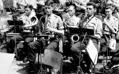 image30b Een optreden onder een tropische hitte op 13 juni 1964
