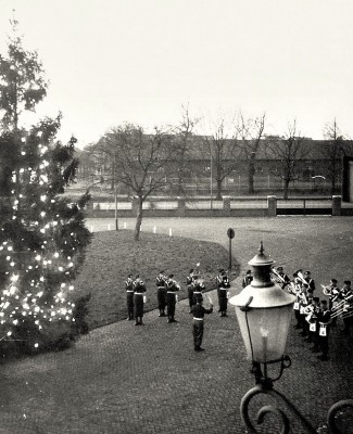 image45b Inwijding kerstboom 18 december 1964